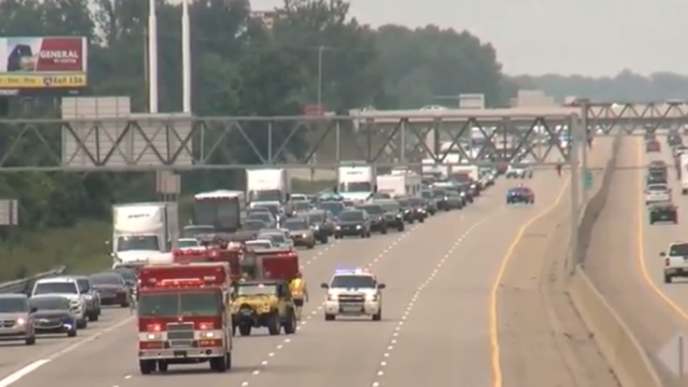 I-75 closed in Mt  Morris Township after boat-hauling truck