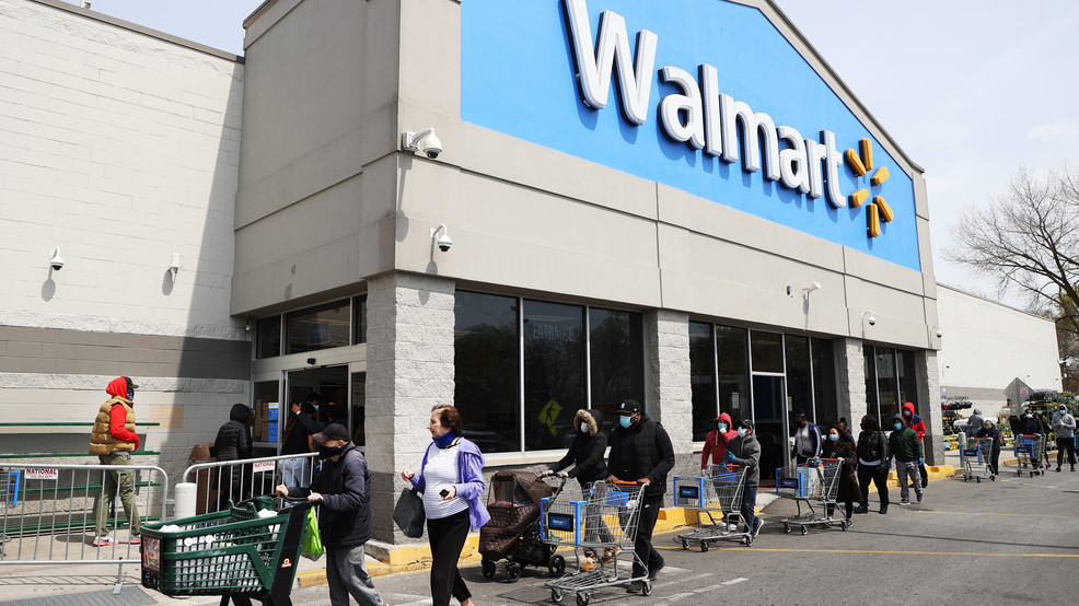 Walmart in Saginaw won't allow you in the store unless you have a face  covering | WEYI