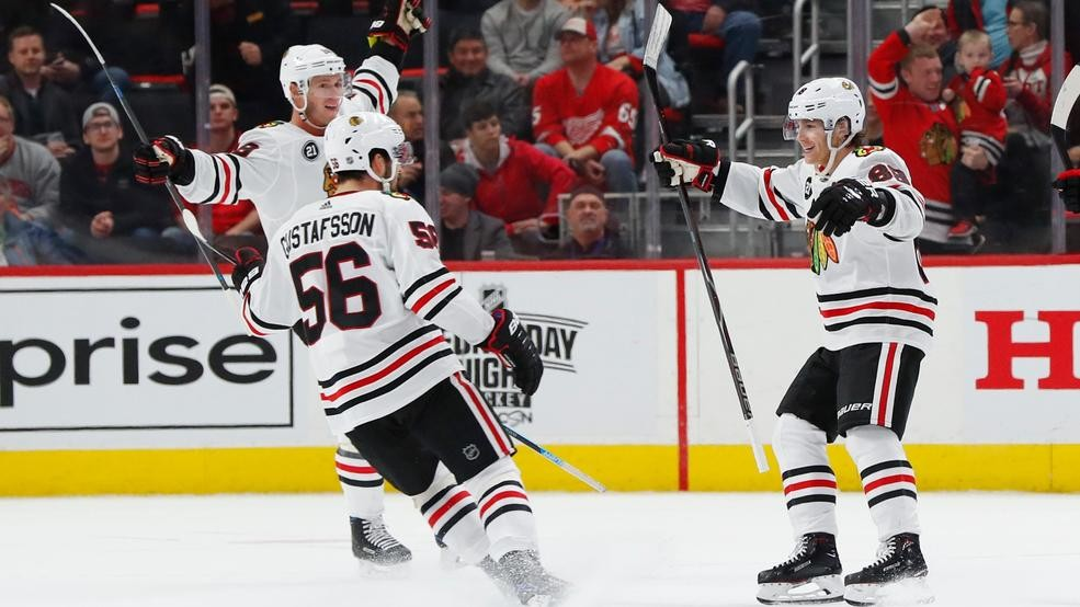 Kane Scores 2 More Blackhawks Beat Red Wings 5 4 In Ot Weyi