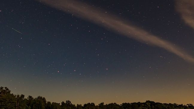 Mid-Michigan photographer captures Perseid meteor shower | WSMH