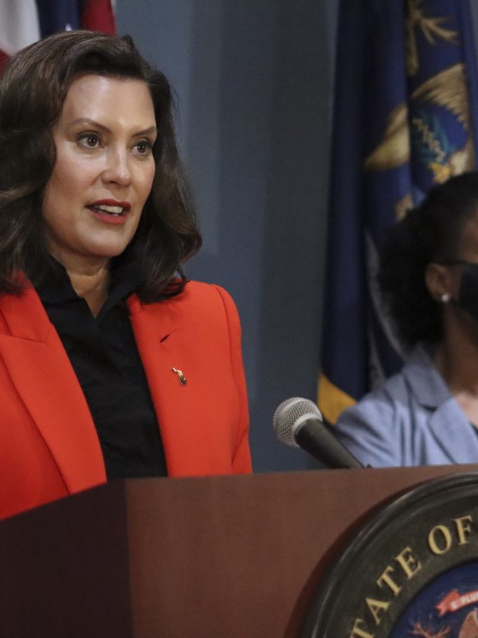 Gov Whitmer Vetoes Bill To Preven Covid 19 Patients To Be Housed In Nursing Homes Weyi