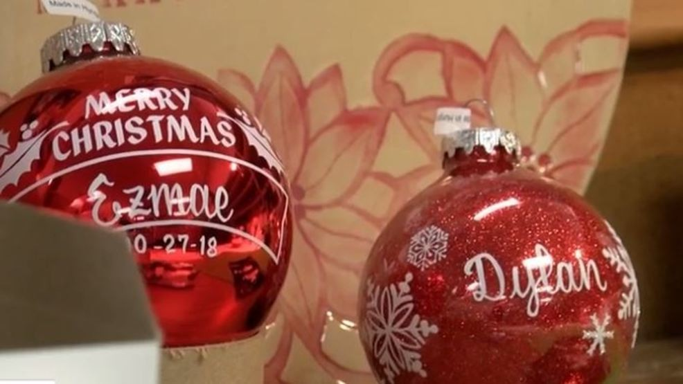 Bronners Christmas Ornaments.World Famous Christmas Store Looking To Hire People For